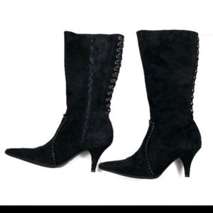 Gianni Bini Black Suede pointed toe Boots!